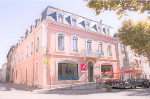 Hôtel De France : Hotel near Saint-Jean-d'Aigues-Vives