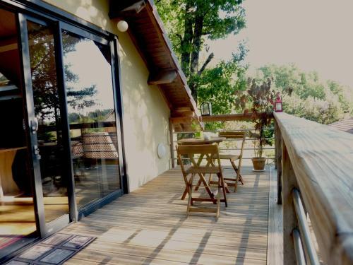 Nouveau Studio perché dans les arbres 20km Sarlat au coeur du Périgord Noir : Guest accommodation near Marnac