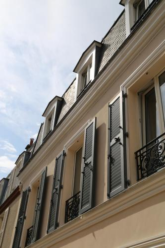 Le clos de l'olivier : Bed and Breakfast near Paris 15e Arrondissement