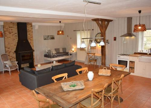 Gite De Saba : Guest accommodation near Saint-Aubin