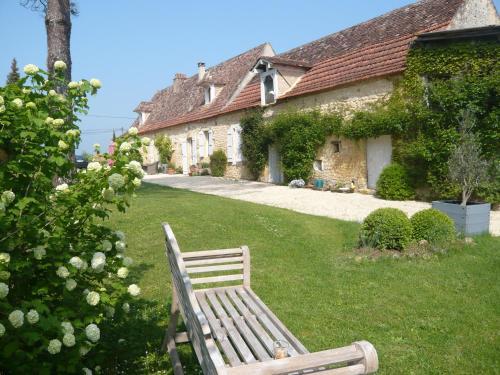 Clos de Bartinquie : Bed and Breakfast near Saint-Félix-de-Villadeix
