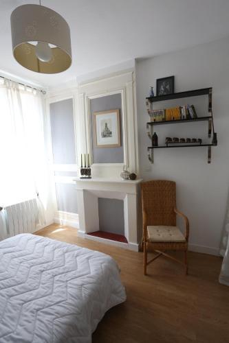 Ty Léonard : Apartment near La Rivière-Saint-Sauveur