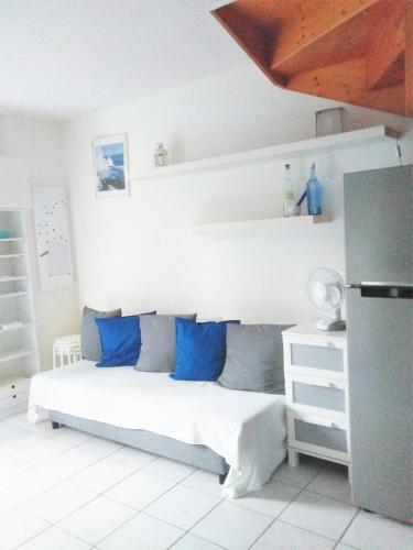 Holiday home allee de Porquerolles : Guest accommodation near La Londe-les-Maures