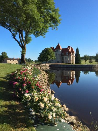 Domaine de Ballerand : Guest accommodation near Saint-Martial-de-Valette
