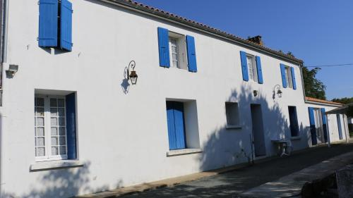 Gites de Marcou : Guest accommodation near Ballon