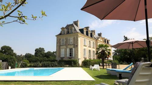 Château La Mothaye : Guest accommodation near Fontaine-Guérin