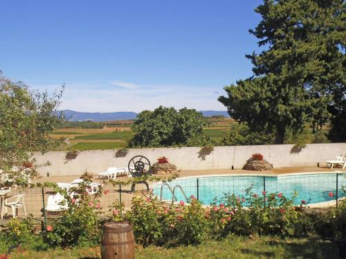 Maison De Vacances - Montbrun-Des-Corbières : Guest accommodation near Puichéric
