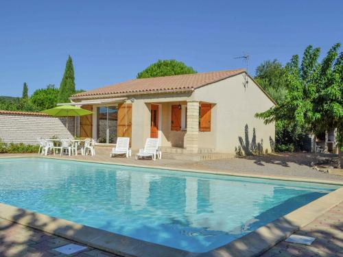 Jurio : Guest accommodation near Aigues-Vives