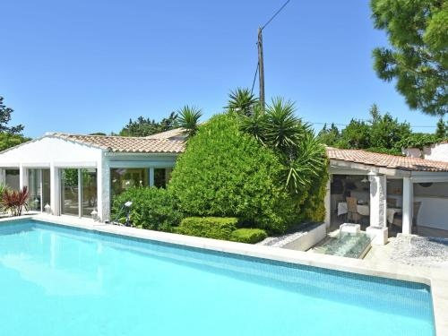 Villa Narbonne 1 : Guest accommodation near Moussan