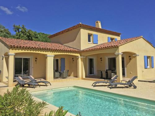 Villa Dumas : Guest accommodation near Le Plan-de-la-Tour