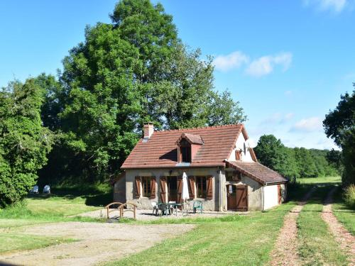 La Maison Du Père Patin : Guest accommodation near Saint-Saulge