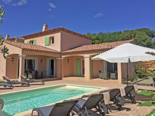 Villa d Artagnan : Guest accommodation near Le Plan-de-la-Tour