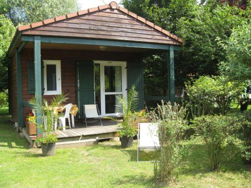 Holiday home Les Portes Du Beaujolais 1 : Guest accommodation near Frontenas