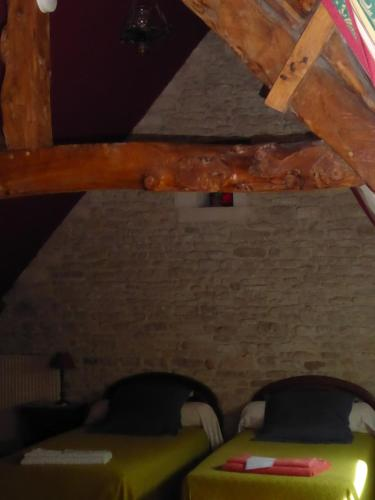 La Gran Caye : Bed and Breakfast near Saint-Manvieu-Norrey