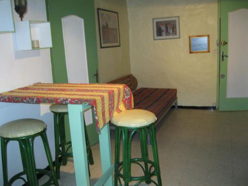 M.ROUSGUISTO PAUL** : Guest accommodation near La Gaude