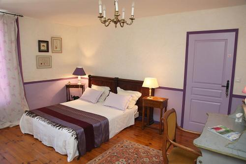 L'Oree du Pin : Bed and Breakfast near Bessan
