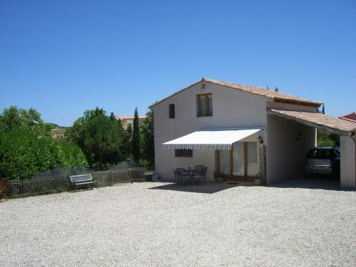Gite Quatre Saisons 2 : Guest accommodation near Saint-Martin-de-Villereglan