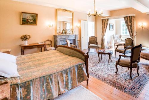 Manoir de Sens : Bed and Breakfast near Canteloup