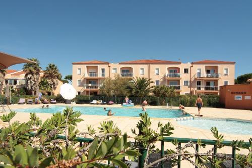 Résidence La Pinède : Guest accommodation near Le Barcarès