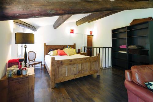 Gîte du Chant des Oiseaux : Guest accommodation near Arboras
