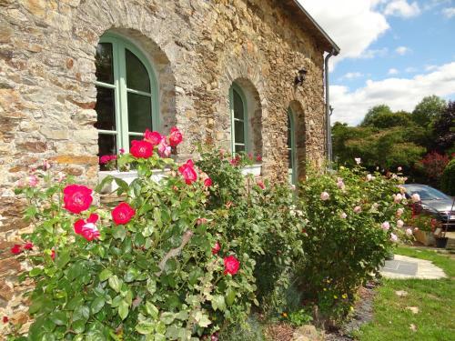 Logis de la Provosterie : Guest accommodation near La Chapelle-Erbrée