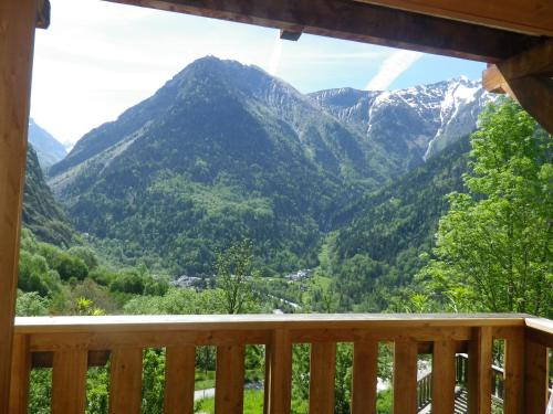 Chalet les Alpes : Apartment near Saint-Christophe-en-Oisans