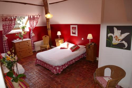 Hôtel les Grands Chênes : Hotel near Sougères-en-Puisaye