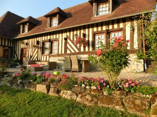 Le Pressoir : Bed and Breakfast near Saint-Léger-Dubosq