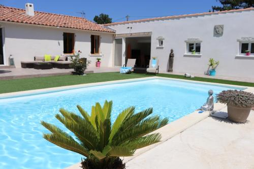 Zenitude En Provence : Guest accommodation near Riboux