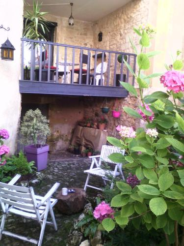 La Maison du Consul, en Dordogne ! : Guest accommodation near Saint-Germain-des-Prés