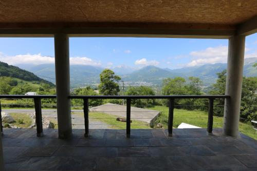 Chalet Montagne : Guest accommodation near Boô-Silhen