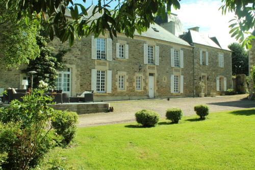 Manoir de la Queue Du Renard : Bed and Breakfast near Périgny