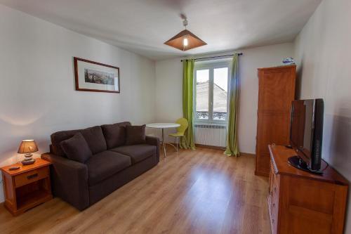 Résidence Hôtel Le Relais Amélie : Guest accommodation near Fontenay-aux-Roses