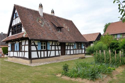 Les colombages d'a cote : Guest accommodation near Steinsoultz