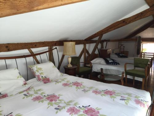 Maison BROT : Guest accommodation near Saint-Martin-de-Hinx