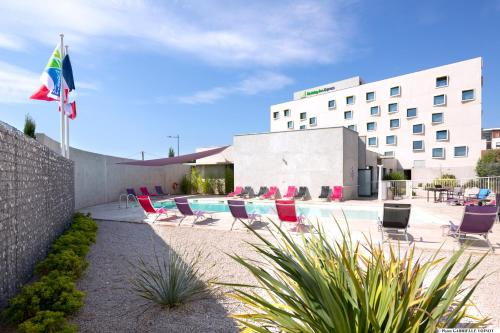 Holiday Inn Express Montpellier - Odysseum : Hotel near Lattes