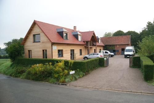 La cabane de Denier : Bed and Breakfast near Ivergny