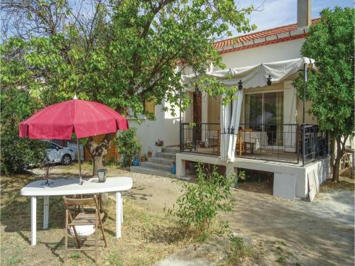Holiday Home Vinassan Rue Du Chateau D'Eau : Guest accommodation near Vinassan