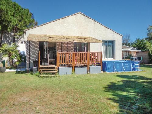 Three-Bedroom Holiday Home in Grau d'Agde : Guest accommodation near Agde