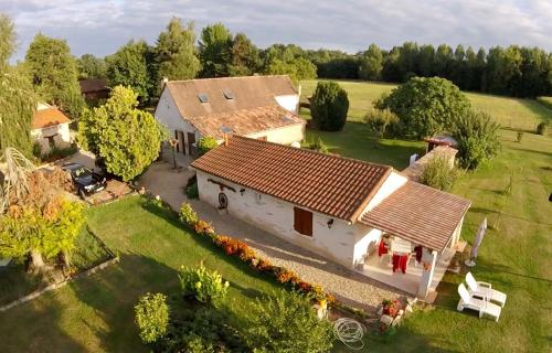 Chambres d'Hotes Carpediem : Bed and Breakfast near Fraisse