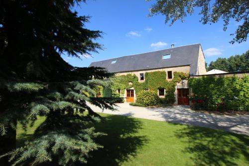 Le Domaine Casteele : Guest accommodation near Saint-Manvieu-Norrey