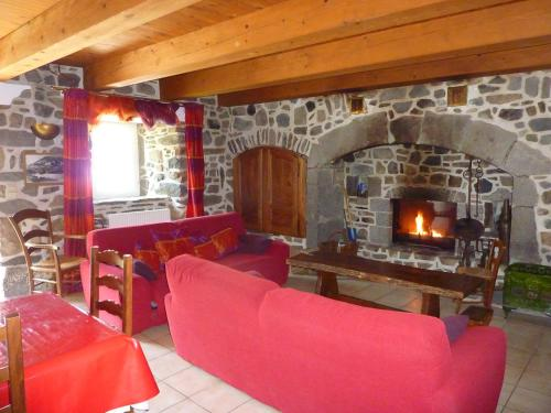 Maison Roux : Guest accommodation near Boudes