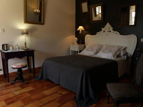 La Clairiere : Bed and Breakfast near Pezuls