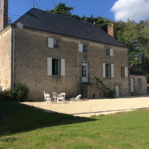 Moulin proche Puy du Fou : Guest accommodation near Mauzé-Thouarsais
