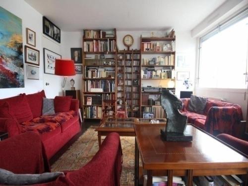 House Appartement-galerie : Guest accommodation near Bouguenais