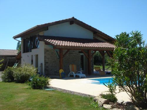 Gite de Charme : Guest accommodation near Castaignos-Souslens