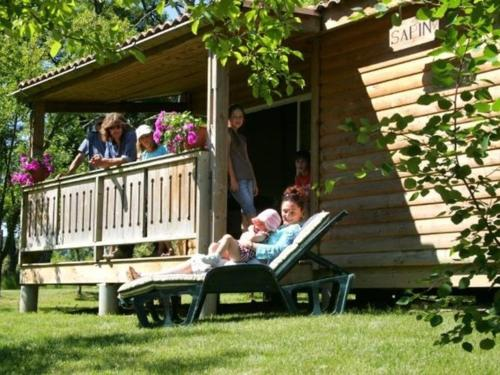 Chalet Domaine Du Moulin Des Sandaux 2 : Guest accommodation near Massugas