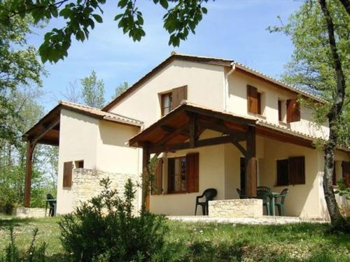 Domaine De Gavaudun - Villa Périgord : Guest accommodation near Saint-Martin-de-Villeréal