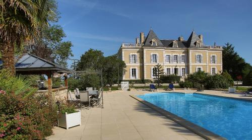 Chambres d'hotes de Pouzelande : Bed and Breakfast near Creyssensac-et-Pissot