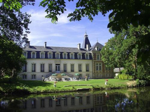 Domaine De Moresville : Hotel near Bullou